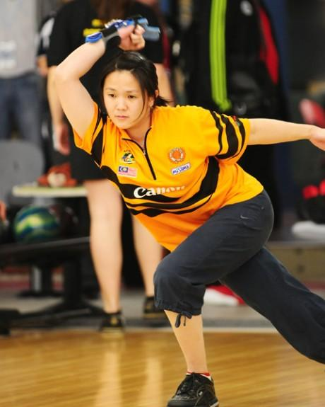 Wendy Chai on the lanes