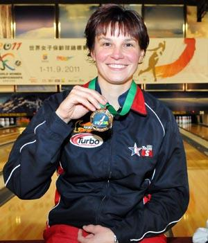 Masters champion Shannon Pluhowsky