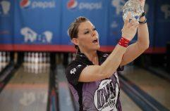 26 June 2016 - Go Bowling Pepsi PWBA Lincoln Open at the Ashwaubenon Bowling Alley in Green Bay, WI.  ©ELLMAN PHOTOGRAPHY