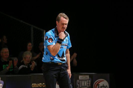 Walter Ray Williams Jr. will try to complete his quest for 100 combined PBA titles on the Shark Championship TV finals.